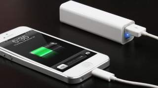 Slučajni Power Bank 2600mah Dodatna Baterija 1x Usb